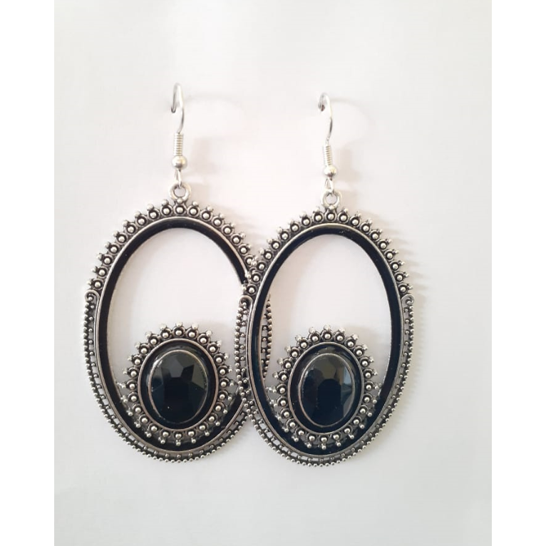 Silver Oval Drop Earring With Black Stone